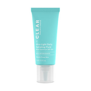 6130 Clear Ultra Light Daily Fluid Spf 30 Slide 3 08062020.jpg
