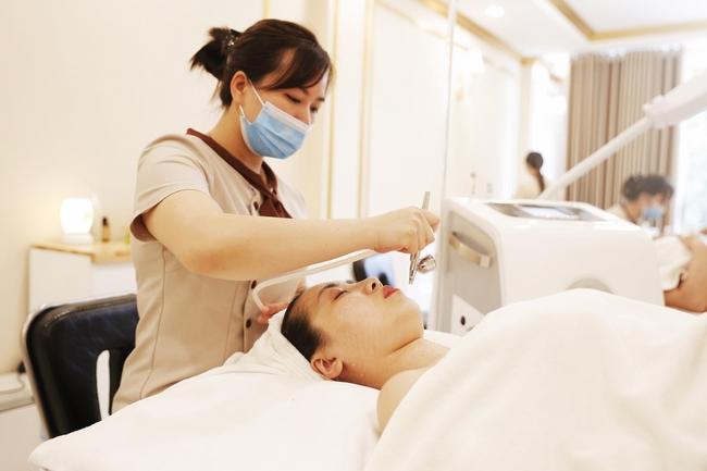 Khong Gian Paulas Choice Clinic (2)